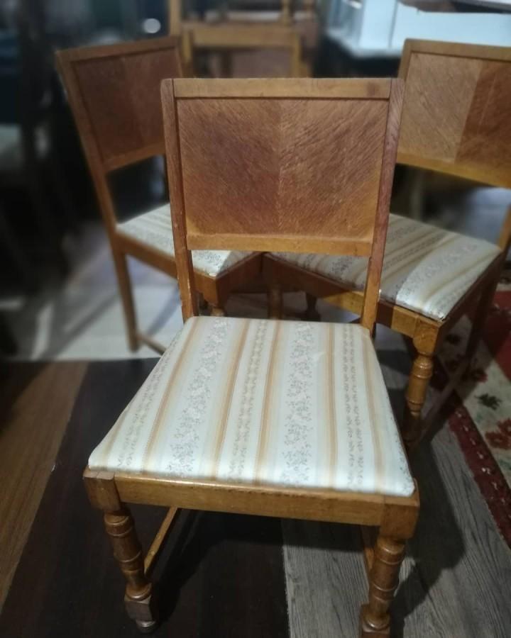 Kėdės šilko pasoste