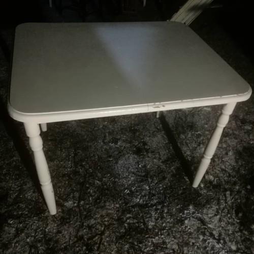 Pietų staliukas
